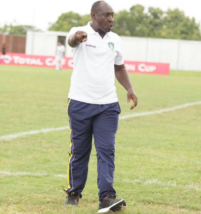 VIDEO: Aduana coach loses rag with his 'tactically indisciplined' players after Raja Casablanca draw