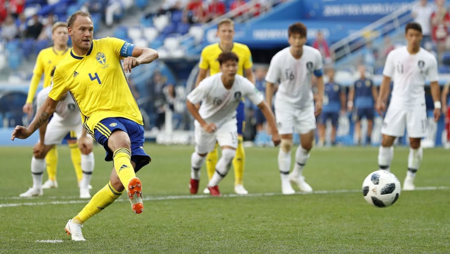 Sweden 1-0 South Korea: Dream Start for Swedes as Granqvist Penalty Breaks Koreans' Resistance