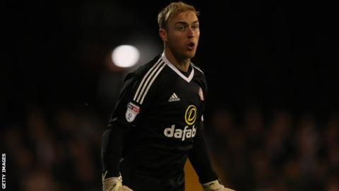 Brighton sign Sunderland keeper Steele