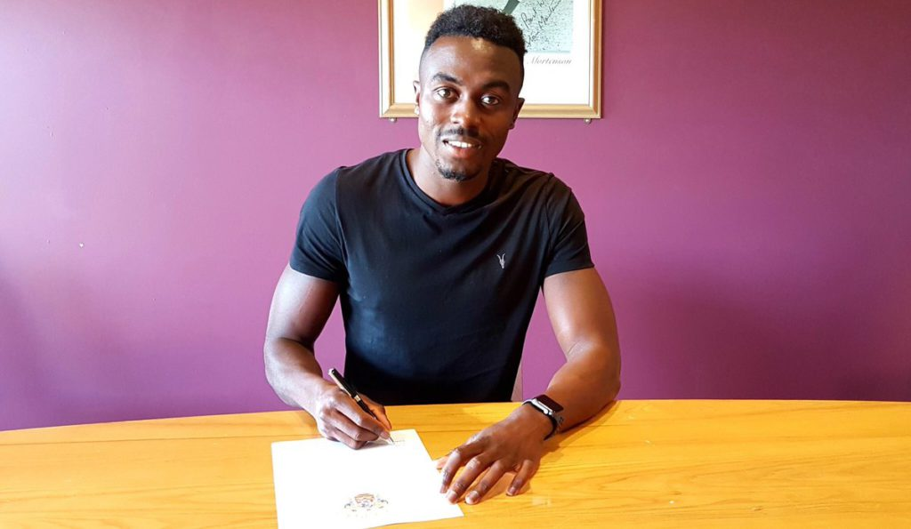 Blackpool FC boss Gary Bowyer delighted with Joe Dodoo capture
