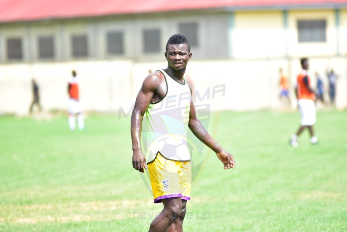 Kotoko dealt hammer blow as key target Kwasi Donsu extends Medeama contract until 2020