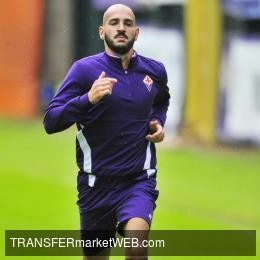 FIORENTINA might dismiss SAPONARA. 3 clubs interested