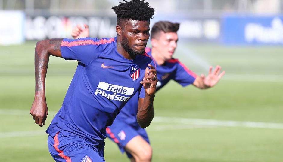 Ghana midfielder Thomas Partey scores in Atlético Madrid's preseason training match