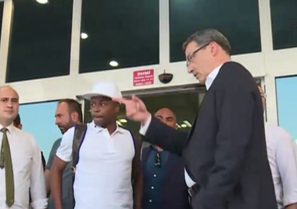 Video: Watch Andre Ayew arriving in Istanbul to complete his Fenerbahce move