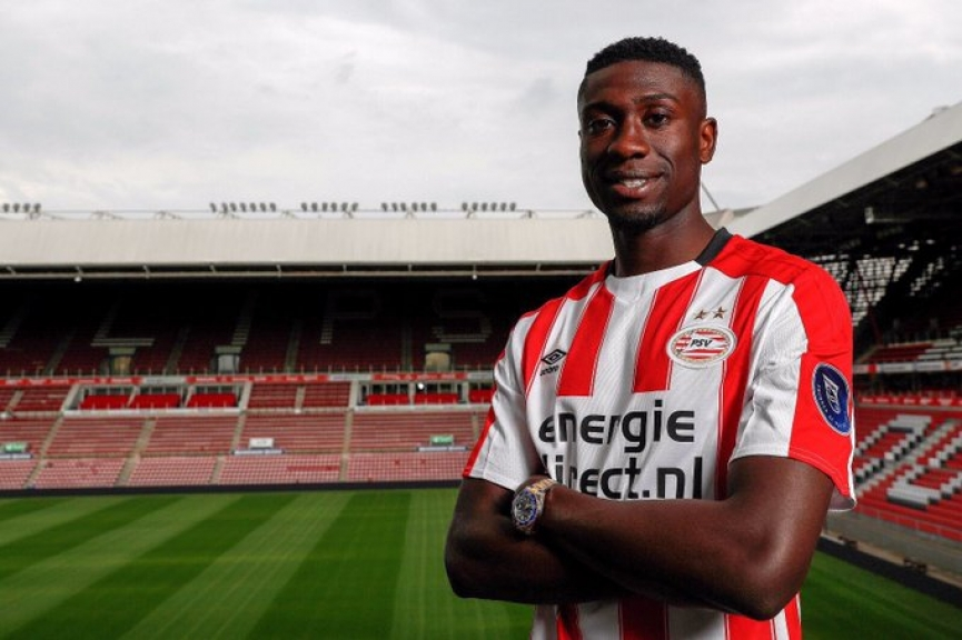 Dutch born Ghanaian defender Derrick Luckassen can leave PSV for either Trabzonspor or Hertha Berlin
