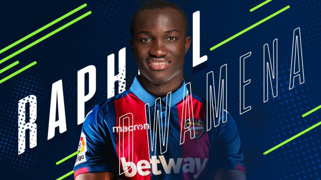 PHOTOS: Ghana striker Raphael Dwamena joins Levante on four-year deal