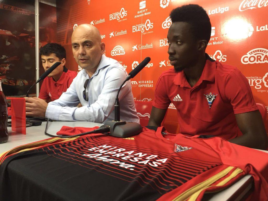 Spanish side CD Mirandes unveil Ghanaian winger Ernest Ohemeng