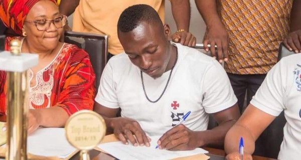 OFFICIAL: Hearts talisman Patrick Razak joins Guinean giants Horoya AC