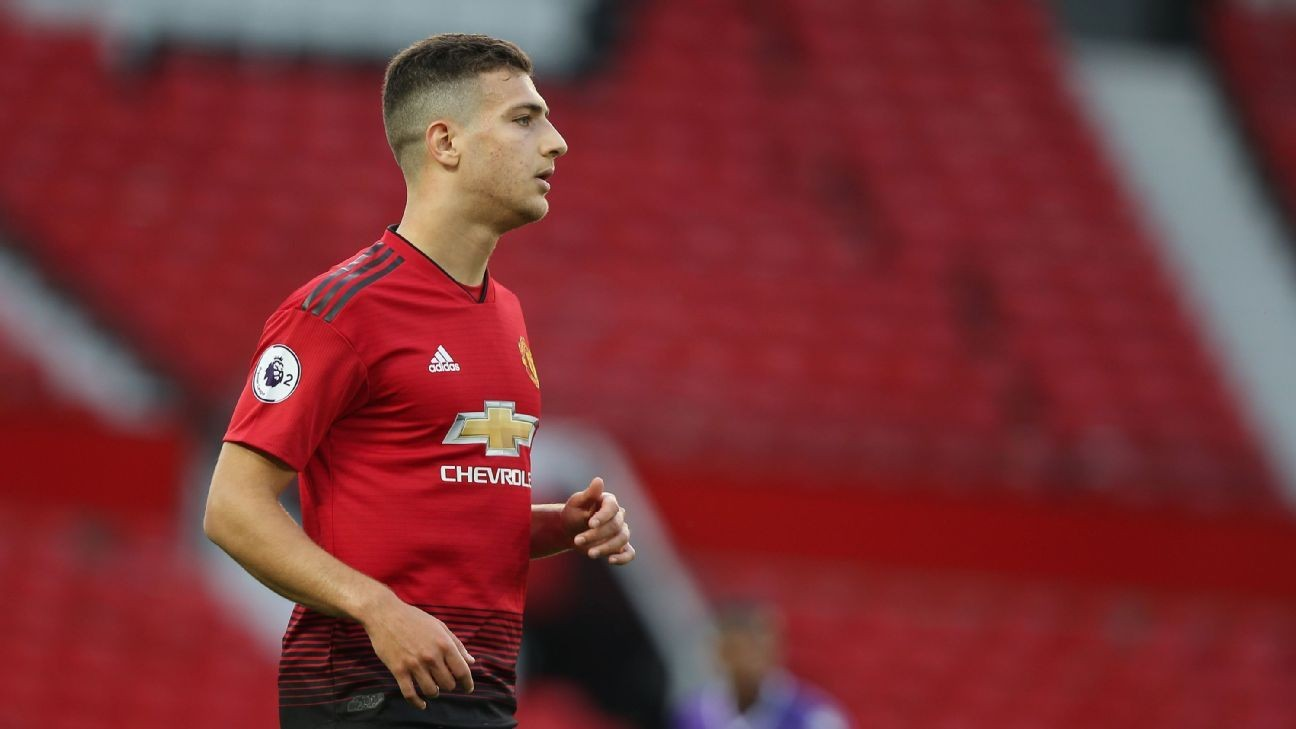 Diogo Dalot Plays For Manchester United U23s Inches Closer