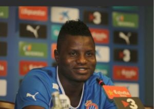 WATCH VIDEO: Ghana midfielder Mubarak Wakaso grooves to M.anifest's hit song Okay