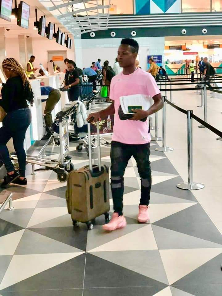 Breaking News: Hearts contract rebel Samudeen arrives in Morocco for Raja Casablanca switch