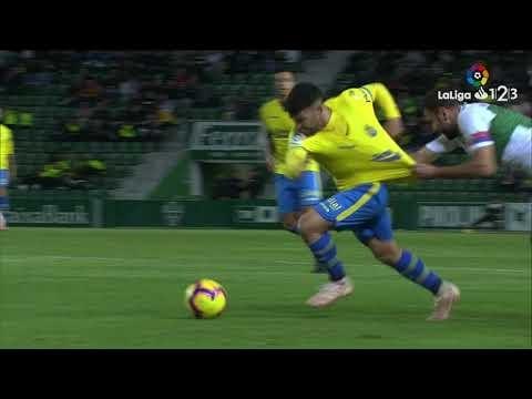 Resumen de Elche CF vs UD Las Palmas (0-0)