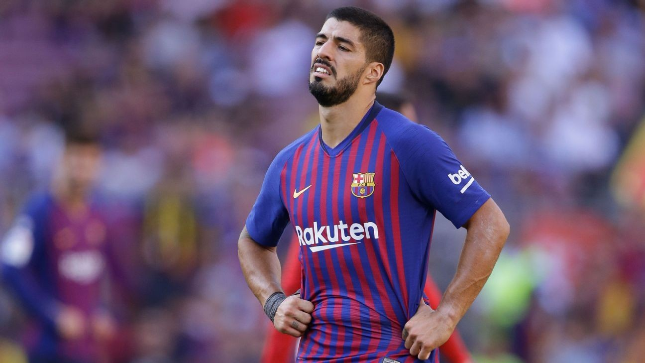 Barcelona injury list grows as Luis Suarez, Arthur ruled out of PSV clash
