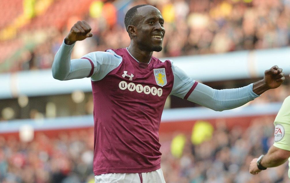 Aston Villa fans delighted with Albert Adomah contract renewal talks