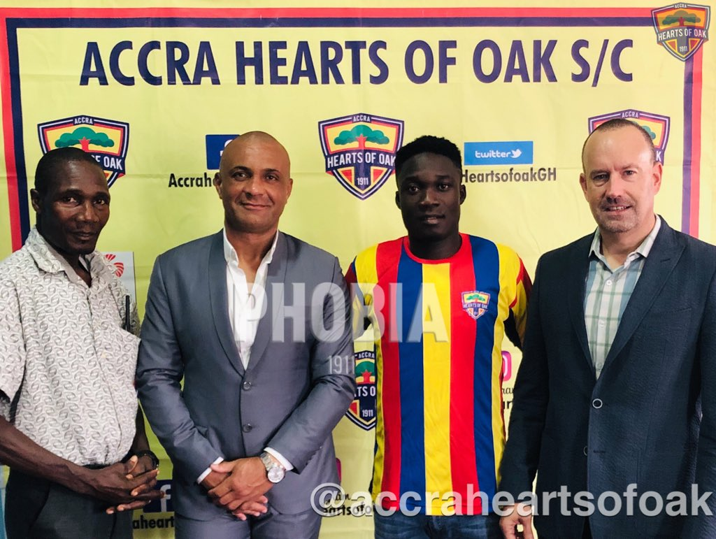 Dominic Eshun\'s dad fights back accusing Karela United of \'forging\' contract
