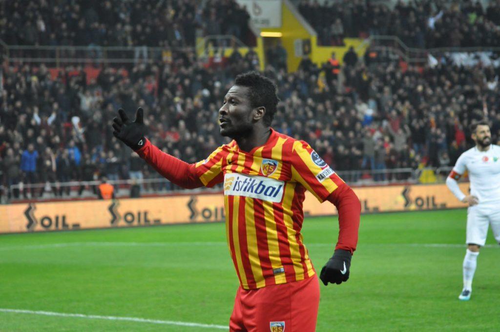 Ex-Sundowns defender urges Brazilians to sign Ghana star Asamoah Gyan