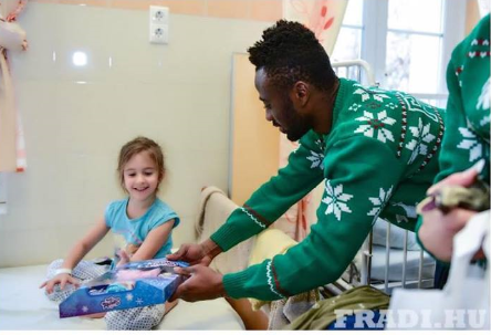 PHOTOS: Ghana's Abraham Frimpong and Ferencvaros teammates donate to children hospital in Hungary