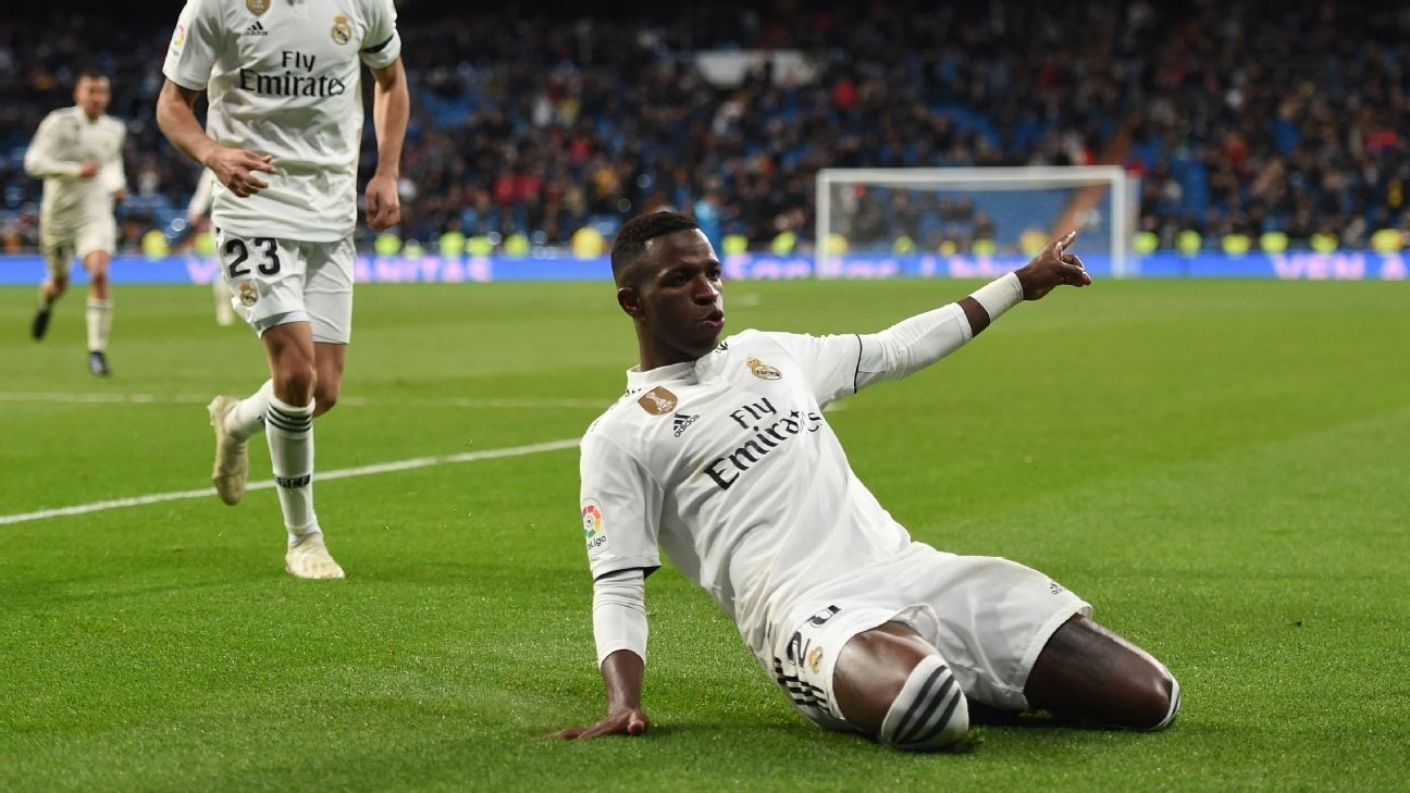 Real Madrid's Vinicius Junior 'destroys defences' - Santiago Solari