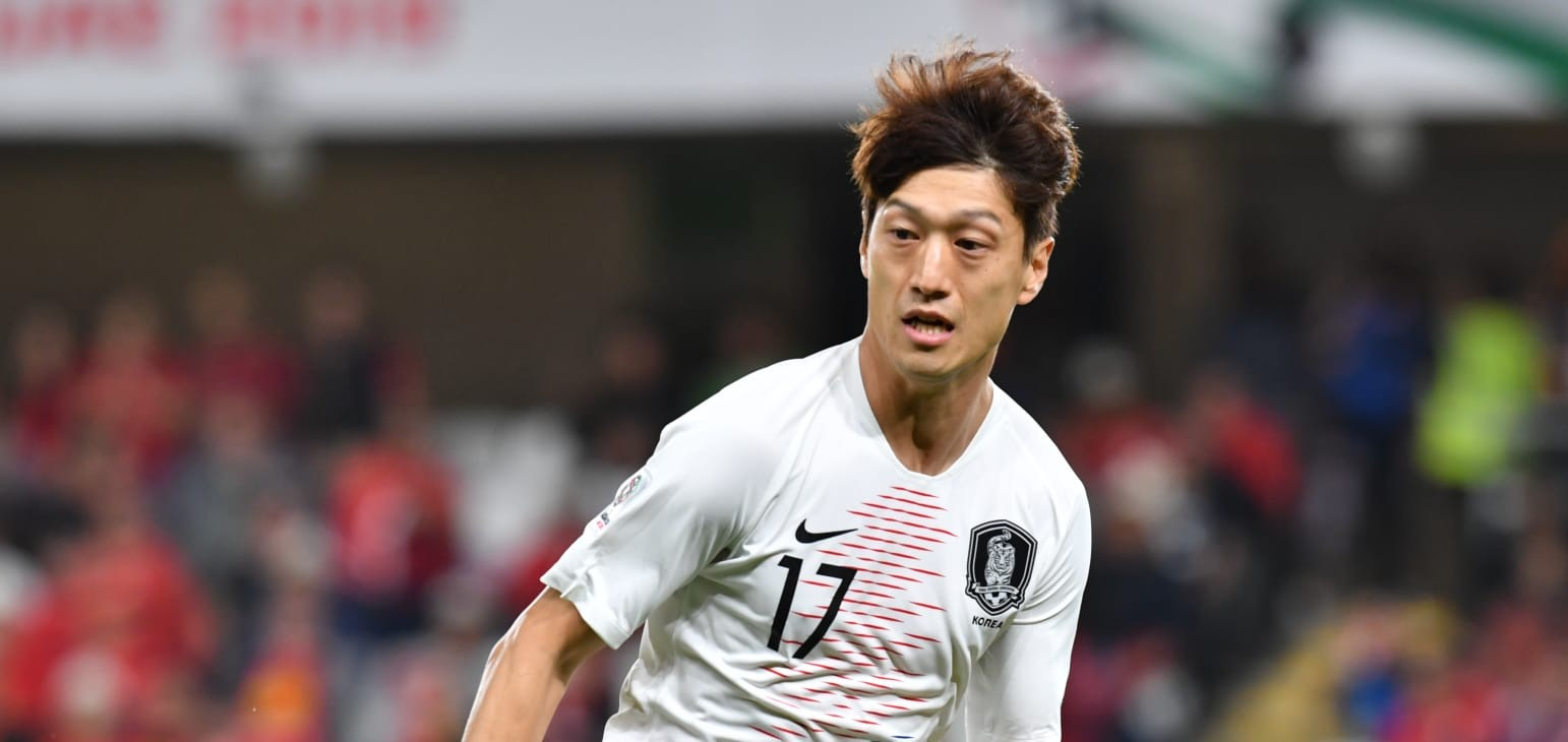 Lee returns stronger to power Korea Republic