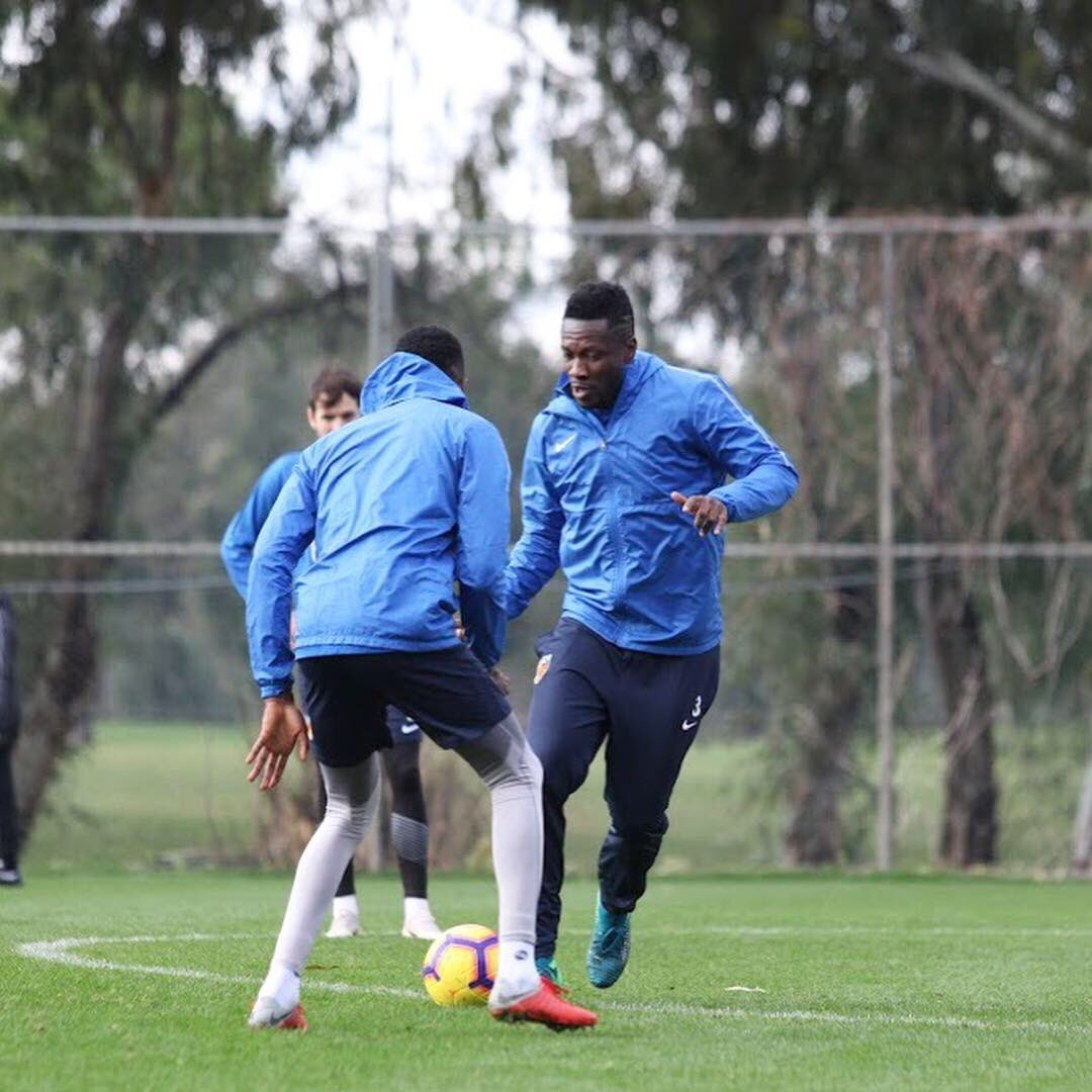 Fully-fit Asamoah Gyan joins Kayserispor's training camp in Antalya