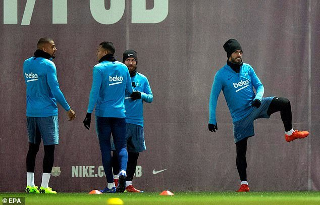 VIDEO: Kevin-Prince Boateng initiated into the Barcelona family by his new teammates
