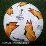 AJAX want United loanee FOSU-MENSAH in