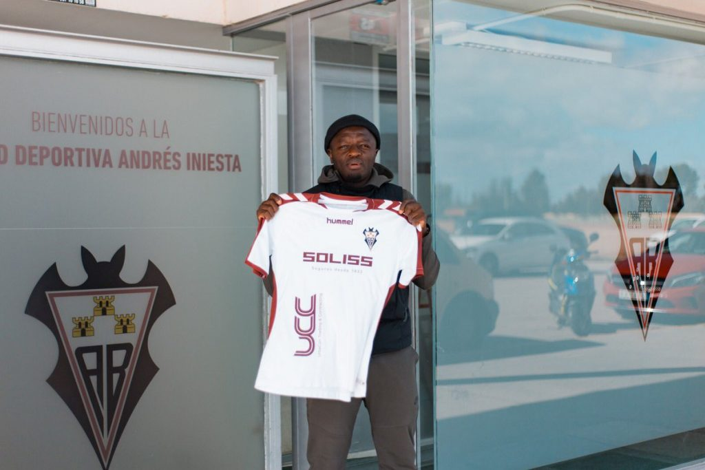 VIDEO: Sulley Muntari starts training with new club Albacete