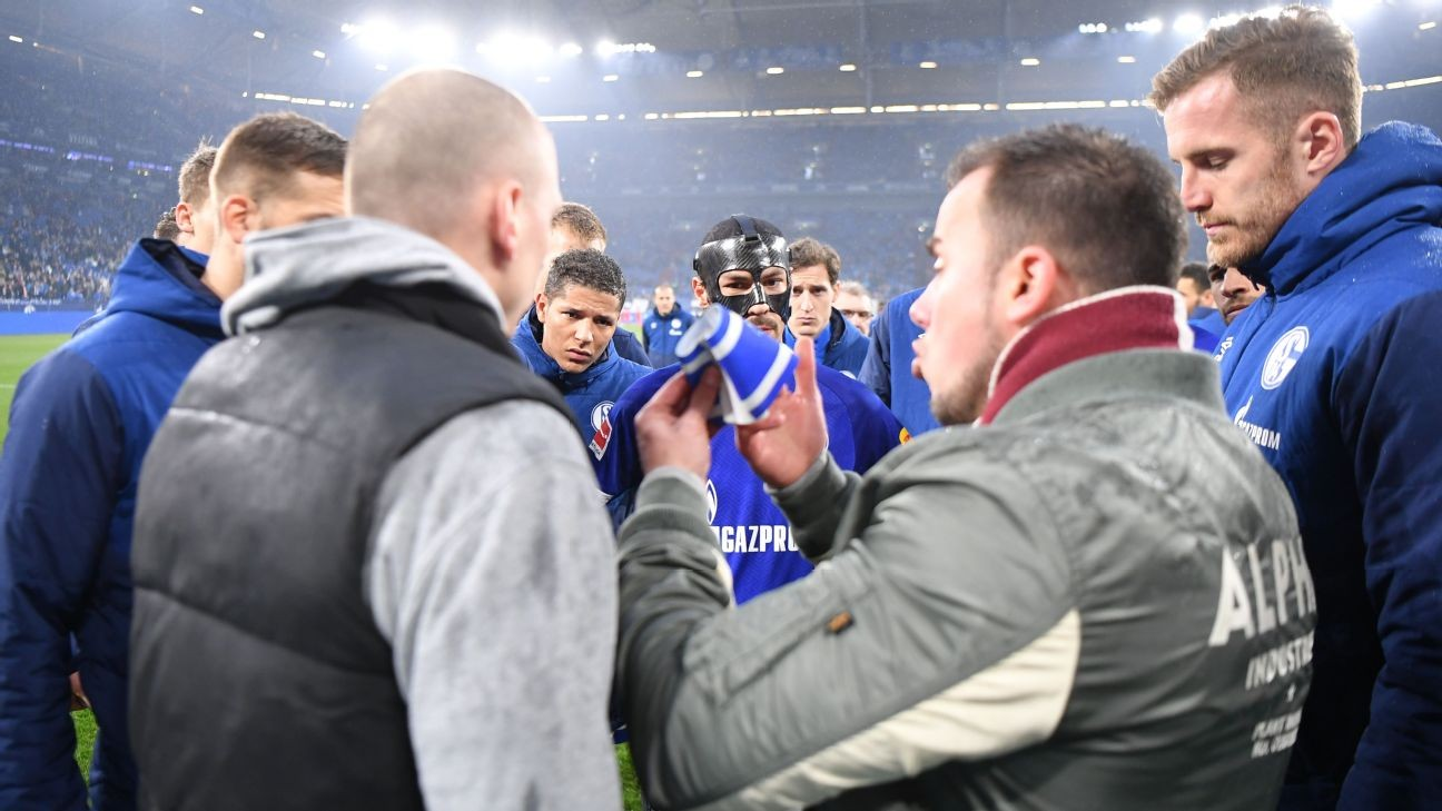Schalke crisis deepens as fans take armband from captain, manager to learn fate