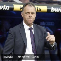 OFFICIAL - Joaquin CAPARROS back as Sevilla FC manager