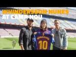 Whindersson Nunes com Arthur e Rafinha no Camp Nou