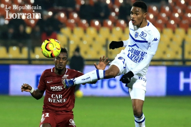 FC Metz to be deprived of John Boye against Lorient