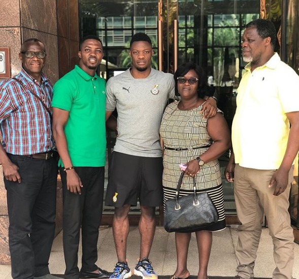 Trabzonspor star Caleb Ekuban meets Ghanaian relatives