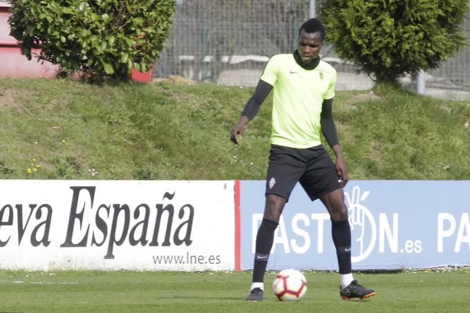 Sporting Gijon risk losing Isaac Coffie ahead of the Asturian derby
