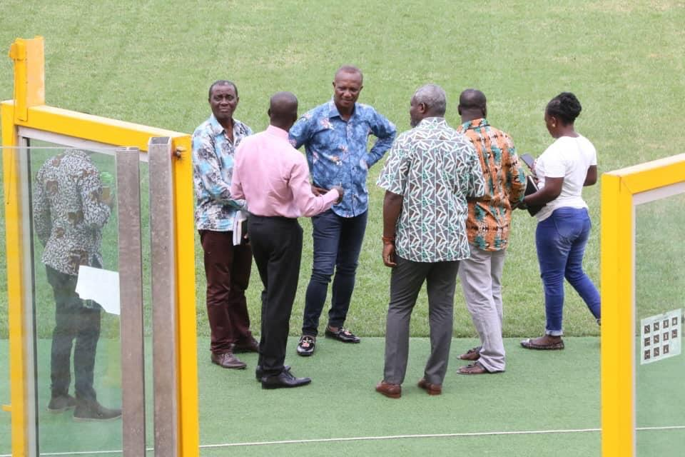 Deputy Sports Minister, Kwesi Appiah inspect Accra Sports Stadium ahead of 'double header'