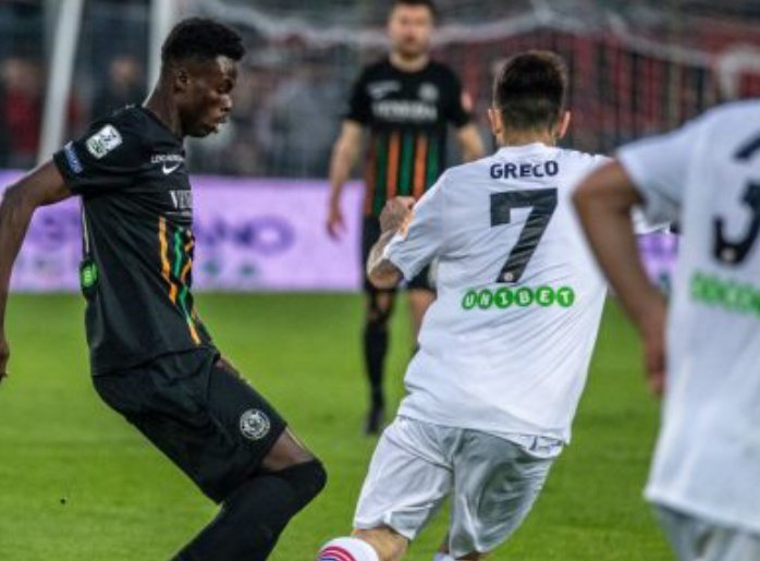 Ghanaian midfielder Emmanuel Besea urges Venezia FC stars to improve as relegation battle hots up