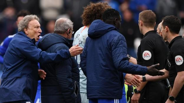 Cardiff boss Neil Warnock to appeal against disrepute charges