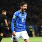 NAPOLI - Duel to AC Milan on Stefano SENSI
