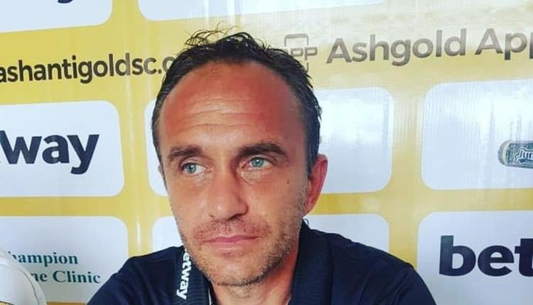 Ashantigold fans outraged by coach Svetislav Tanasijevic's chain- smoking habit