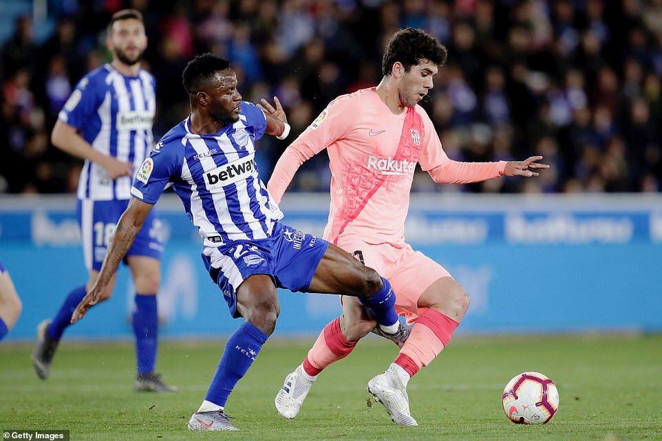 Wakaso, Twumasi feature as Deportivo Alaves suffer defeat to Barcelona in La Liga