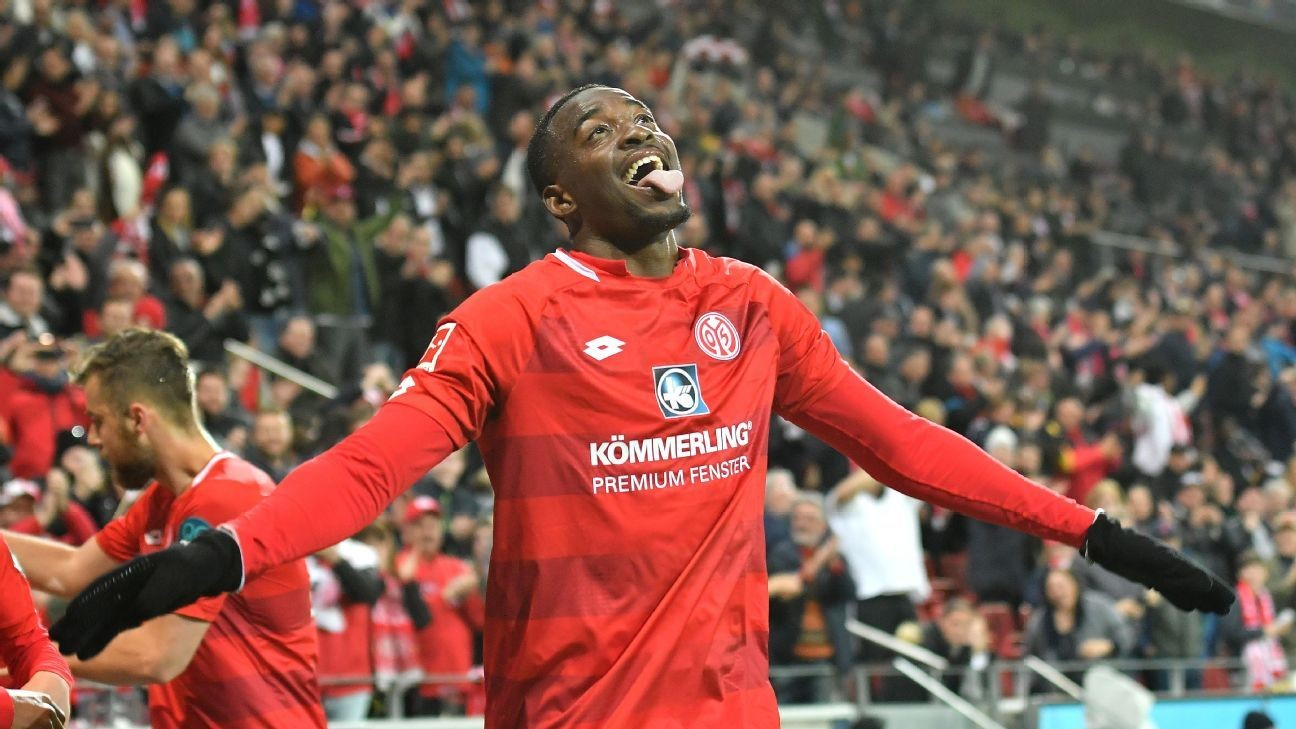 Leipzig squander two-goal lead as Mainz end their winning run