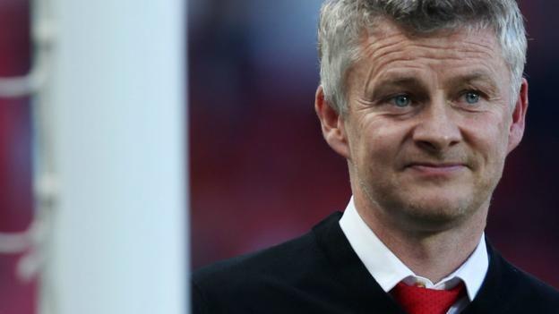 Manchester United: Give Ole Gunnar Solskjaer time, says Robin van Persie
