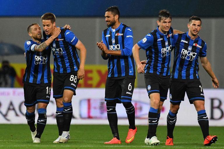 Demi Atalanta, Defender Albania Tahan Sakit Hernia