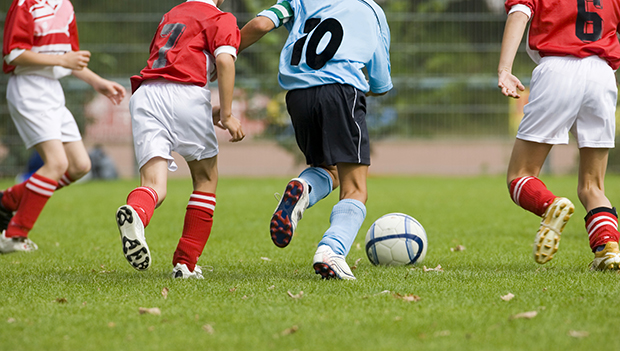 How to Start a Youth Football Team