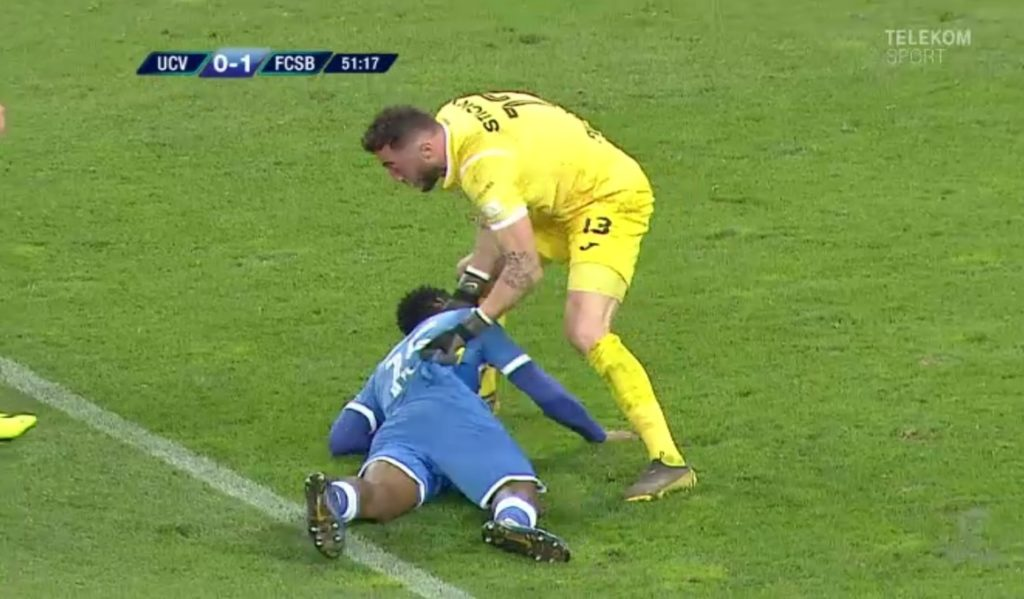 PHOTOS: Defender Isaac Donkor collapses during Romanian topflight match