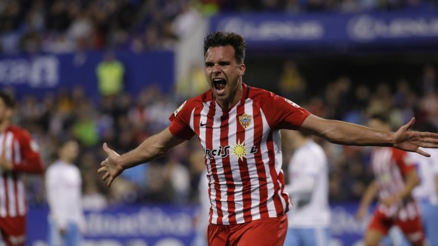 Alvaro Gimenez wins LaLiga 1|2|3 top goalscorer award