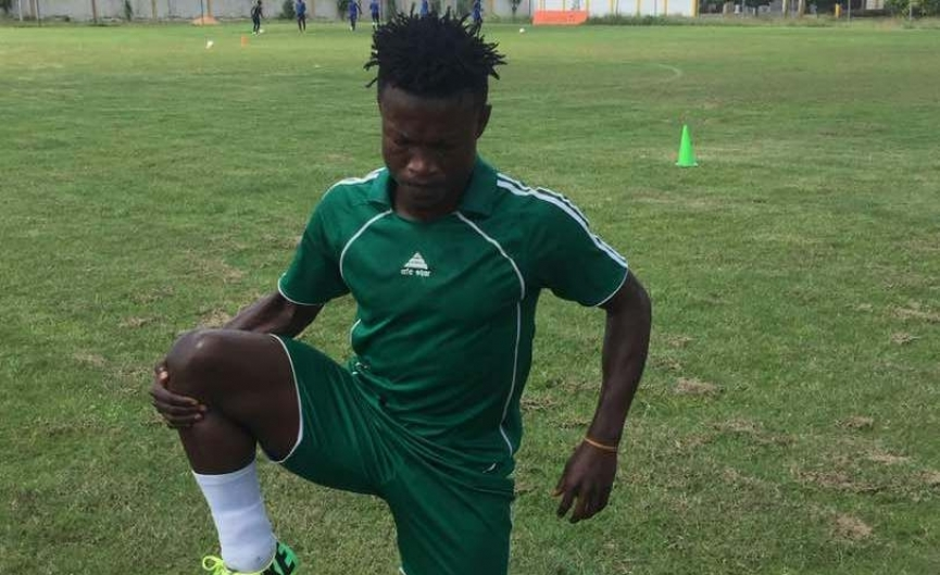 AshantiGold snap up defender Kwame Amoako from Eleven Wonders