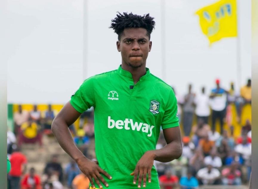 Asante Kotoko reignite interest in Aduana Stars defender Caleb Amankwah