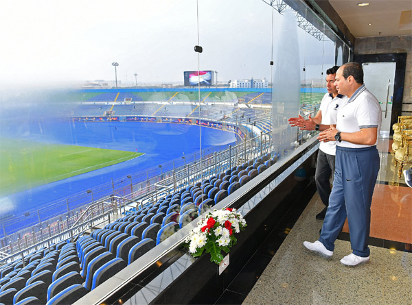 VIDEO: Egypt president, Prime Minister and Minister of Youth & Sports inspect Cairo International Stadium