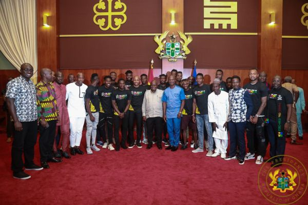 Respect coach Kwesi Appiah and captain Andre Ayew - President Akufo-Addo tells Black Stars players