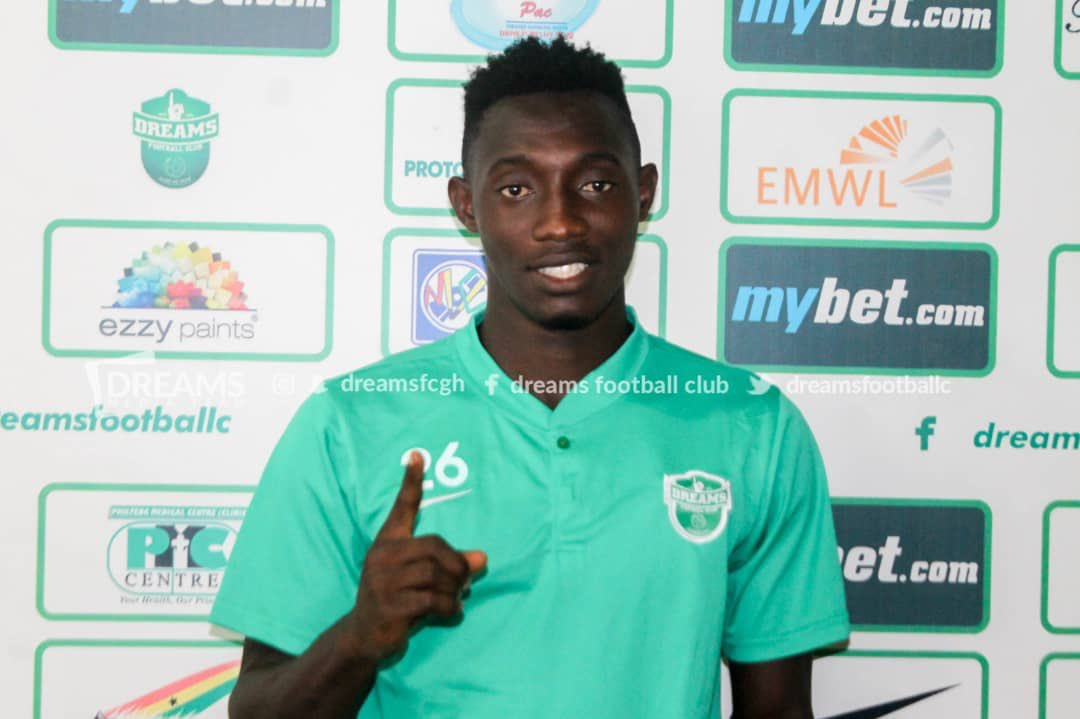 Dreams FC sign young striker Prince Okraku on four-year contract